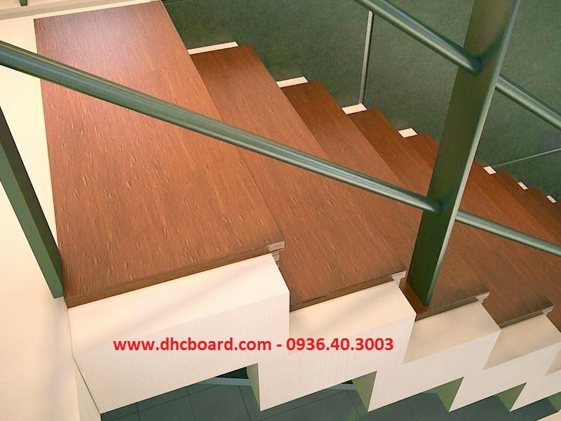 Bậc cầu thang đẹp bằng tấm xi măng giả gỗ smartwood