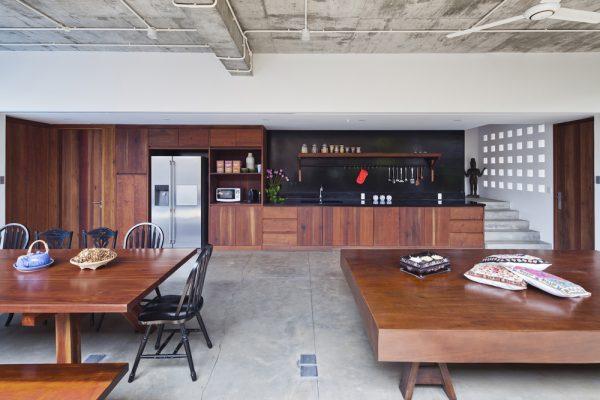 Lót sàn nhà bằng tấm xi măng dăm gỗ smileboard Thái Lan