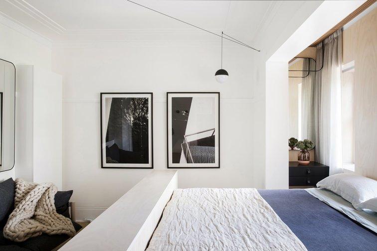 Từ phòng ngủ thấy các khu vực tiện ích khác trong ngôi nhà