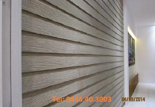 Ốp tường giả gỗ theo kiểu xếp lớp.