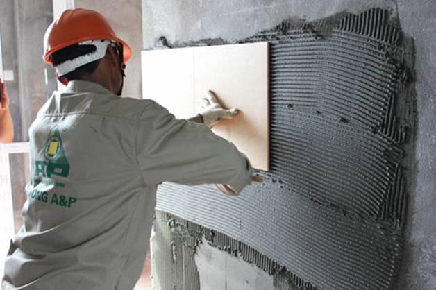 Ốp tường gạch men bằng keo dán gạch mova