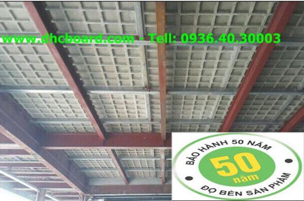 Tấm bê tông có cốt sắt làm sàn nhẹ chịu lực siêu bền.