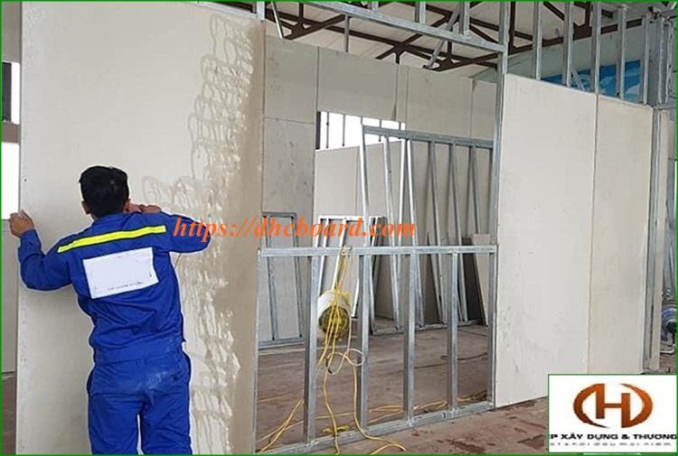Báo giá thi công tấm tường bê tông nhẹ
