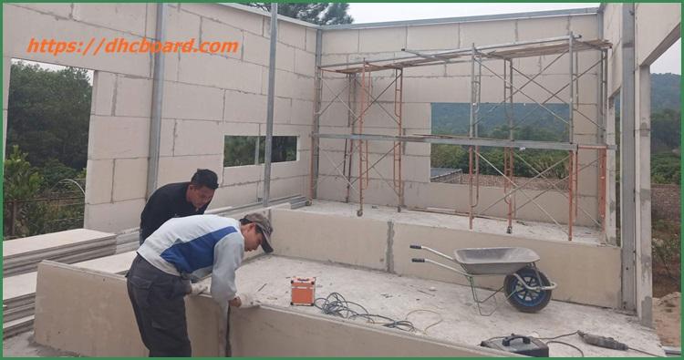 xây nhà bằng tấm bê tông siêu nhẹ